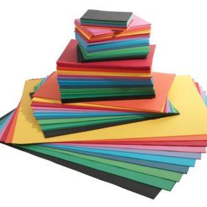 Farget papir 110g ass størrelser (2200)