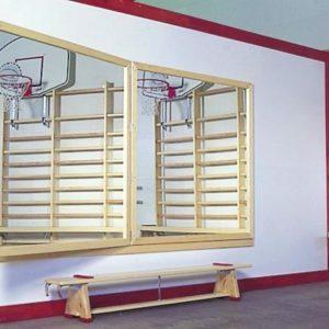 Koll Furuskap med speil og speil på innsiden av døren